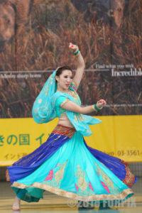 ナマステインディアダンス写真