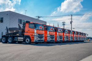 運送会社トラック写真